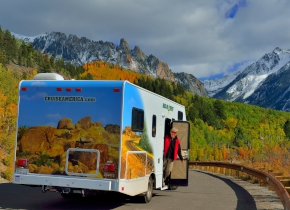 Cruise America C30 Campervan Hire
